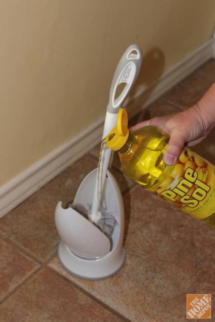 22 Borderline Genius Bathroom Cleaning Hacks