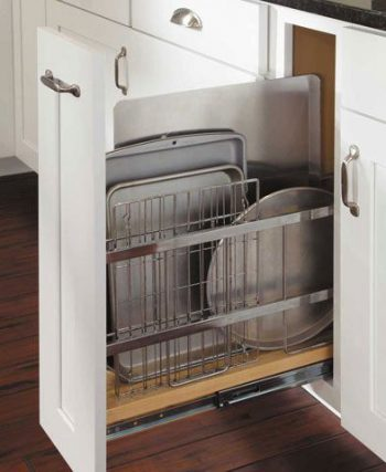 10 Ways to Organize Baking Pans