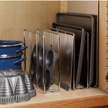 10 Ways to Organize Baking Pans8