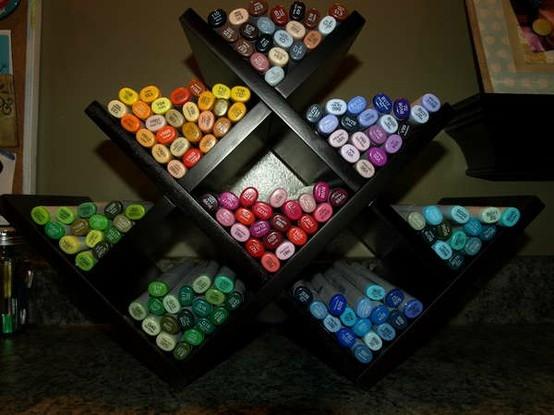 10 Ways to Organize Your Art Studio2