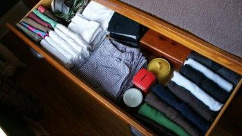 12 Clever Ways to Organize Your Dresser9