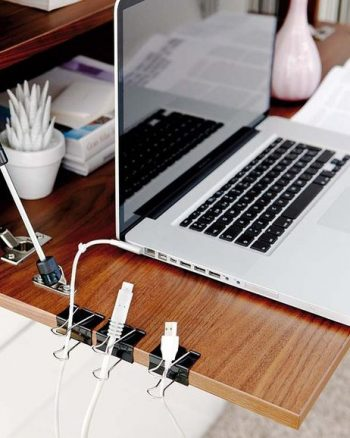 12 Easy Ways to Organize a Desk7