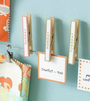 Here are some smart ways to keep your office organized. Use some or all of these office organizing hacks to keep on top of your stuff, your tasks, and everything office-related. You can make your own calendar/ to-do list using clothes pins.