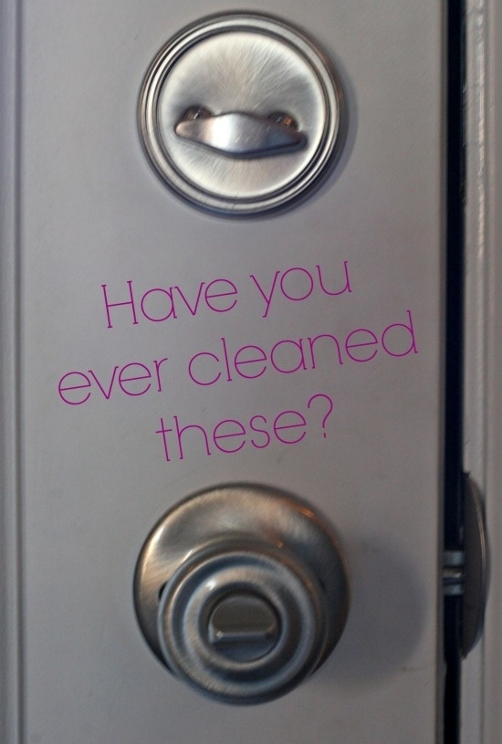 18 Filthy Things You Should Be Cleaning {But Aren't!}