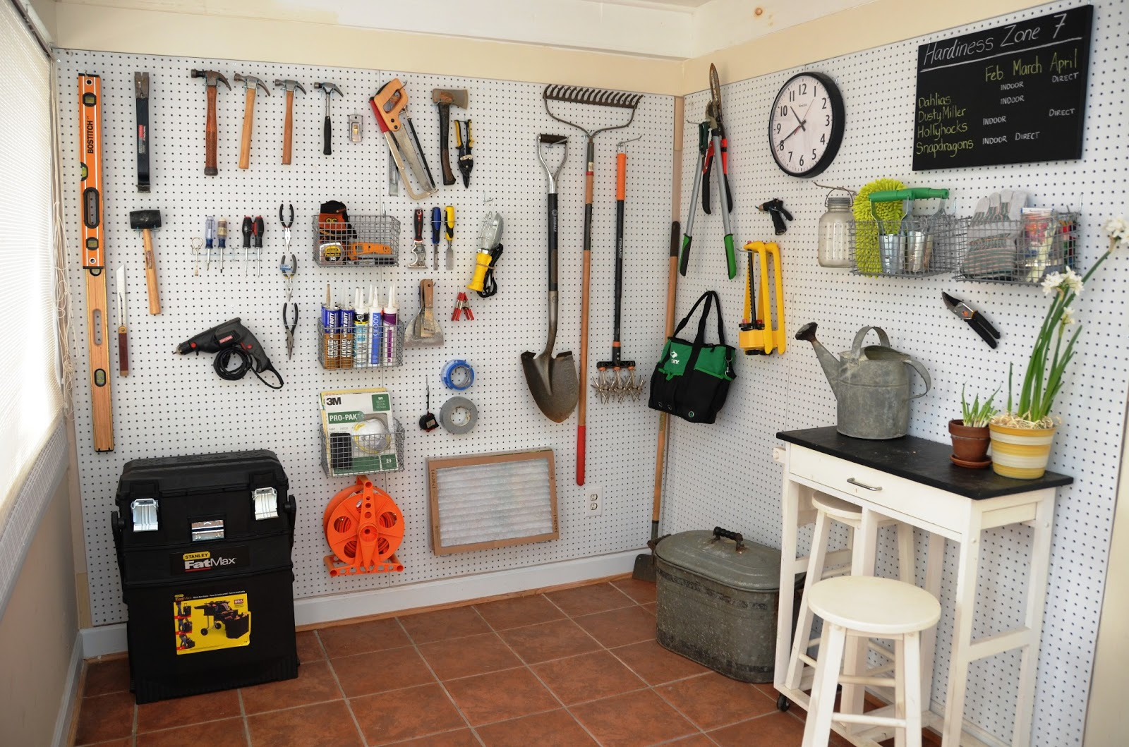 8 Ways to Organize With a Peg Board2
