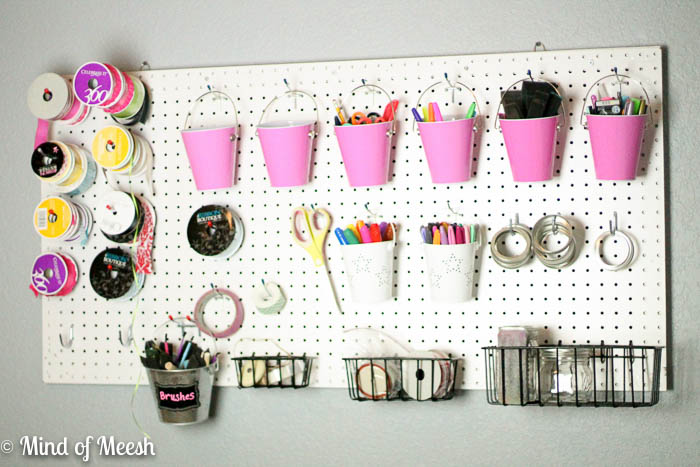 8 Ways to Organize With a Peg Board3