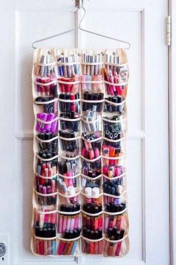 8 Ways to Organize Your Makeup