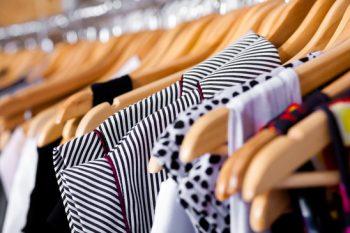 4 Easy Steps to Organized a Closet