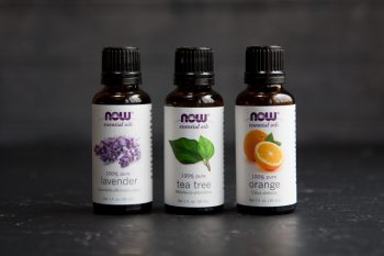 10 Homemade Cleaners Made from Essential Oils10