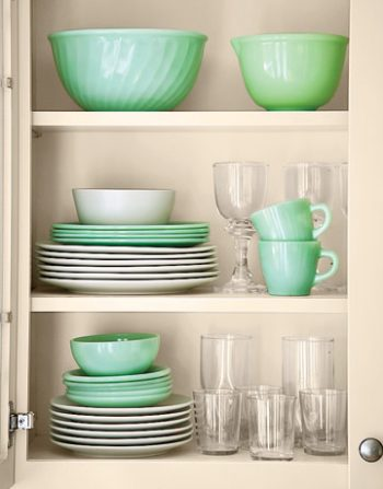 10 Projects to Minimize House Clutter5