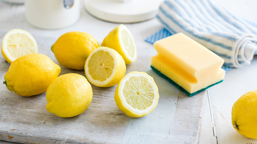 12 Ways to Clean Your Entire Home With Lemons6