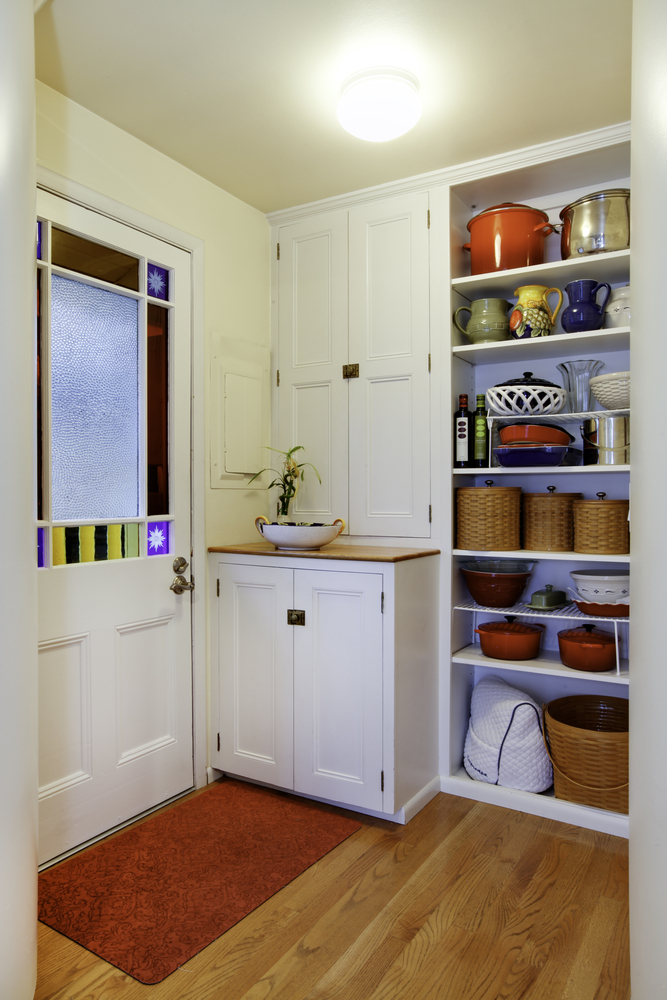 Small space living hacks are the best hacks for those who live in small places. See how you can use built in shelves to help you save space.
