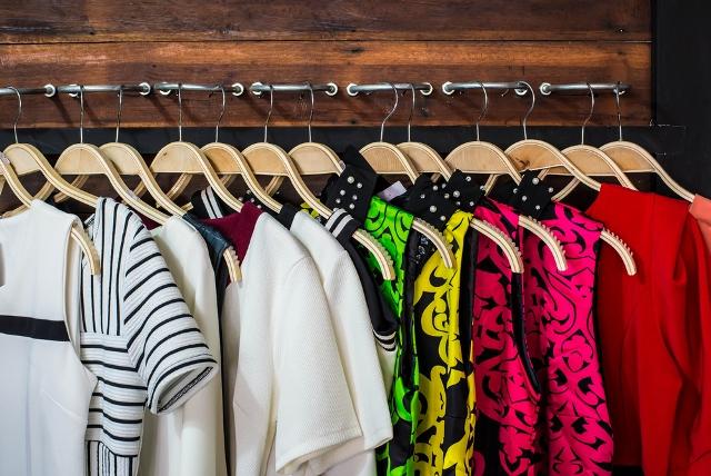 Closet, Closet Organization, Organizing Small Closets, How to Organize Small Closets, Small Closet Organization Hacks, Popular Pin, Closet Hacks, Closet Organization, How to Organize Your Closet, Easy Ways to Organize Your Closet