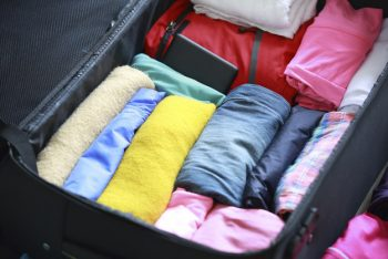 15 Ways to Stay Organized While Traveling