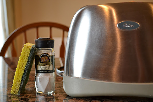 22 All Natural Cleaning Recipes4