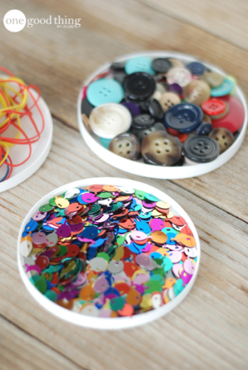 14 Clever Ways to Reuse Plastic Lids6