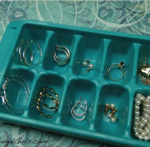 12 Smart Ways to Organize Small Things| ORganize Small Things, How to Organize Small Things, Organizing Small Things, How to Organize Small Things, Organization and Storage, Home Organization and Storage, Popular Pin
