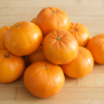 How to Make DIY Orange Oil (and What to Do With it!)  DIY Orange Oil, Homemade Orange Oil, Orange Oil, Natural Living, Natural Living Hacks, Homemade Essential Oils, #EssentialOils #NaturalLiving #HomemadeProducts