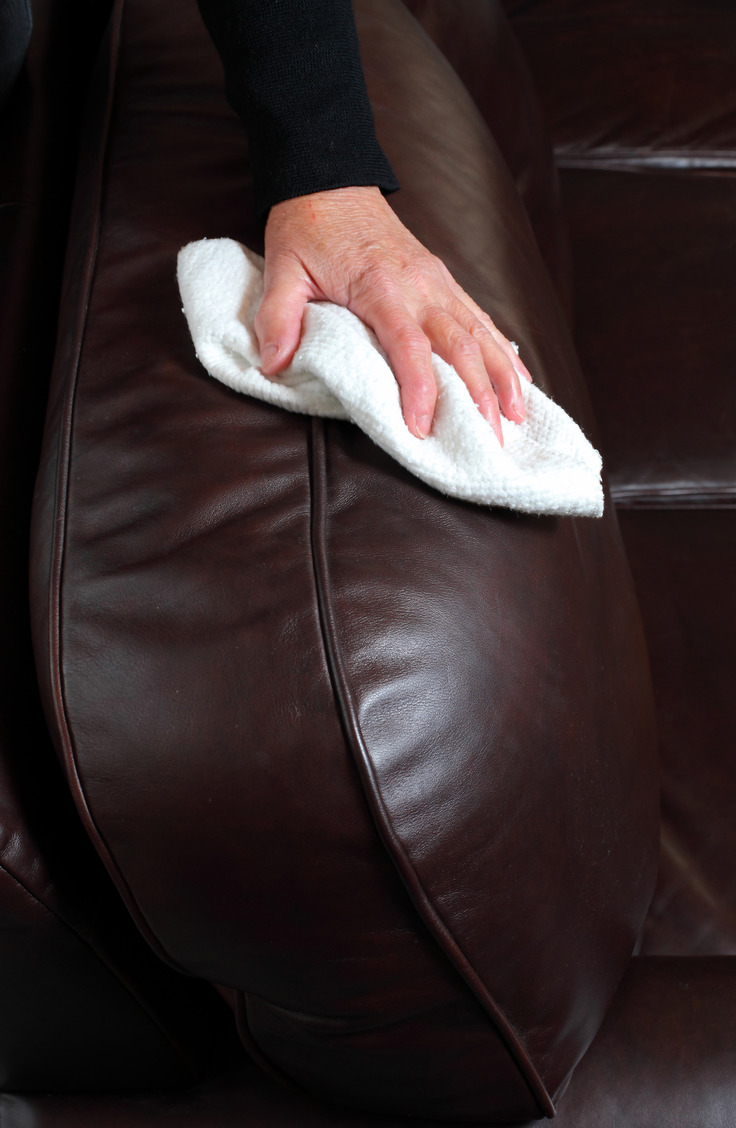 Want your leather couch to stay nice and looking like new? Learn how to clean a leather couch like a pro!