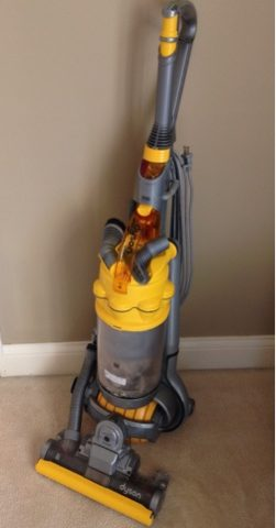 How to ACTUALLY Clean Your Dyson Vacuum Cleaner| Cleaning, Cleaning Tips, Cleaning Hacks, Home Cleaning, Home Cleaning Hacks, Vacuum Cleaner, Vacuum Cleaner Smell