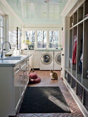 mudroom organization- laundry room