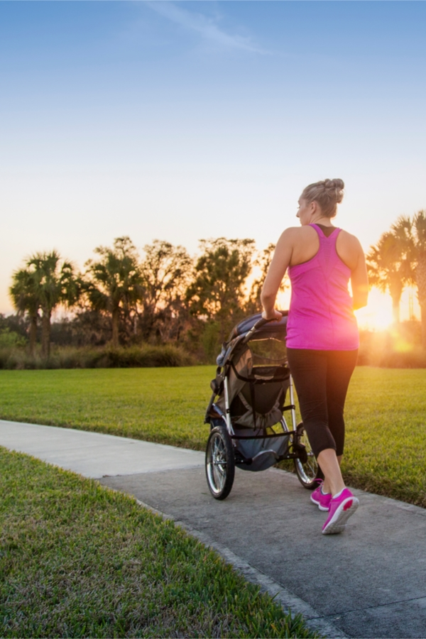 stroller organization hacks | mom hacks | organization hacks | stroller hacks | strollers | mom tips | organization tips | stroller tips