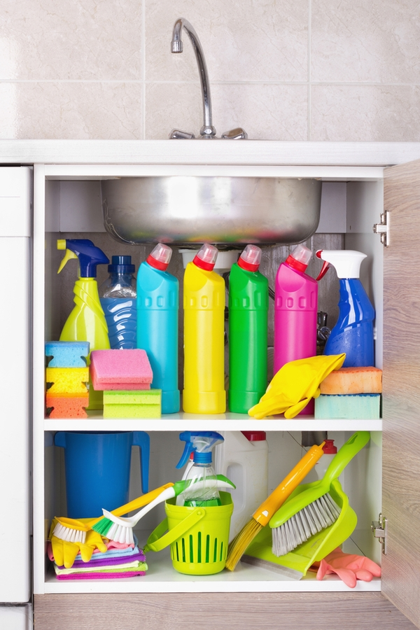 how to | kitchen | organize | organize under the sink | organization | cabinet organization | kitchen sink organization | sink organization | organization tips