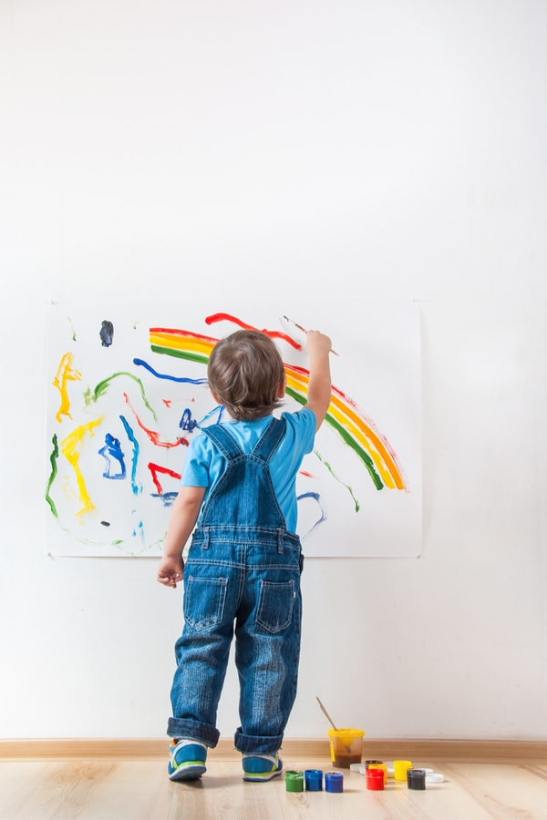 What To Do With Your Child's Artwork | kids | organize | kid stuff | parenting | parenting hacks | artwork | save your kids art | art | kids art