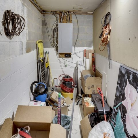Unorganized Storage Unit