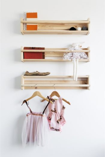 If your kid has a small bedroom, why not take advantage of the wall space. Check out these simple small bedroom storage solutions for kids.