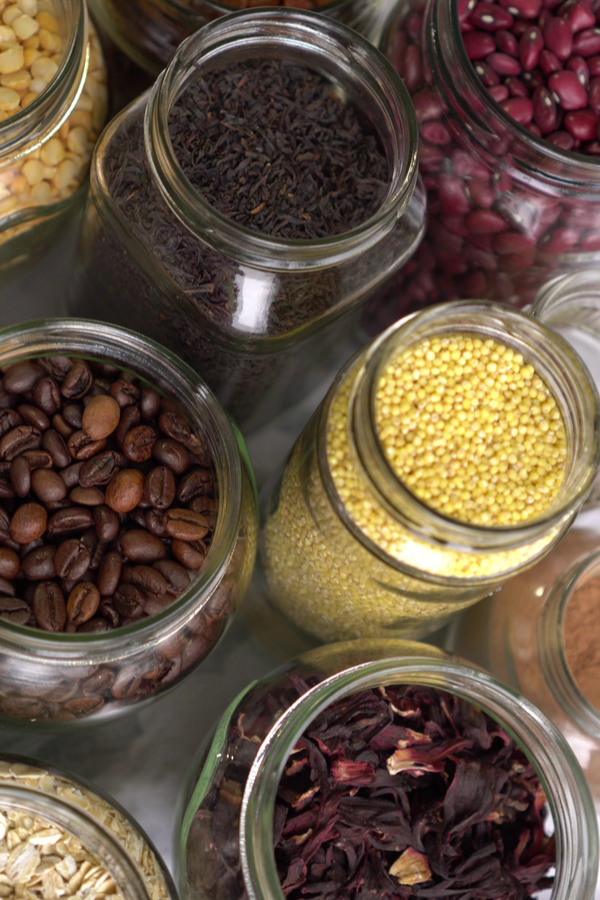 Stuck inside in defense of COVID-19? You need to know the long lasting foods to store in your pantry. Here is what you should store. Check it out!