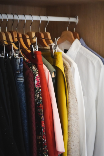 Are your closets in need of an organization overhaul? It's a great time for that! Check out these ridiculously brilliant closet organizing tips. You don't want to miss this!