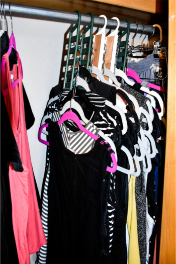 Are your closets in need of an organization overhaul? It's a great time for that! Check out these ridiculously brilliant closet organizing tips. Your small closet won't feel so jam-packed!