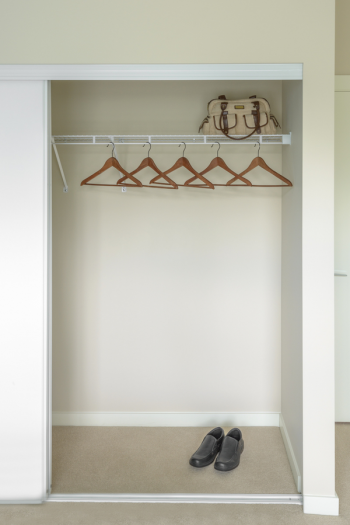 Are your closets in need of an organization overhaul? It's a great time for that! Check out these ridiculously brilliant closet organizing tips. They will change your life!