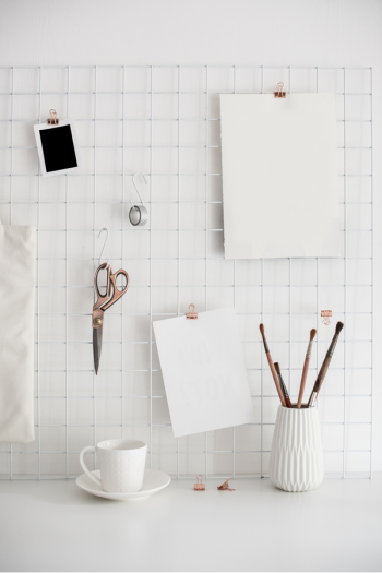 An organized home office is important not just for productivity, but also for your comfort and convenience. Here is where you'll find all my best ideas for home office organization--including how to be organized when you're working on the go! Check it out!