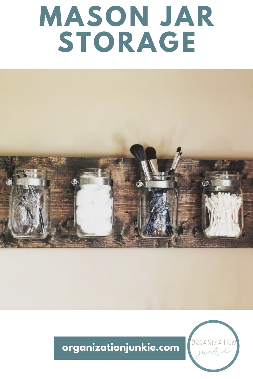 You might be shocked at all the ways to use mason jars for storage. Everything from craft supplies to office supplies to dry ingredients, and more can be stored in a mason jar. #organizationjunkieblog #masonjarstorage #creativemasonjarideas