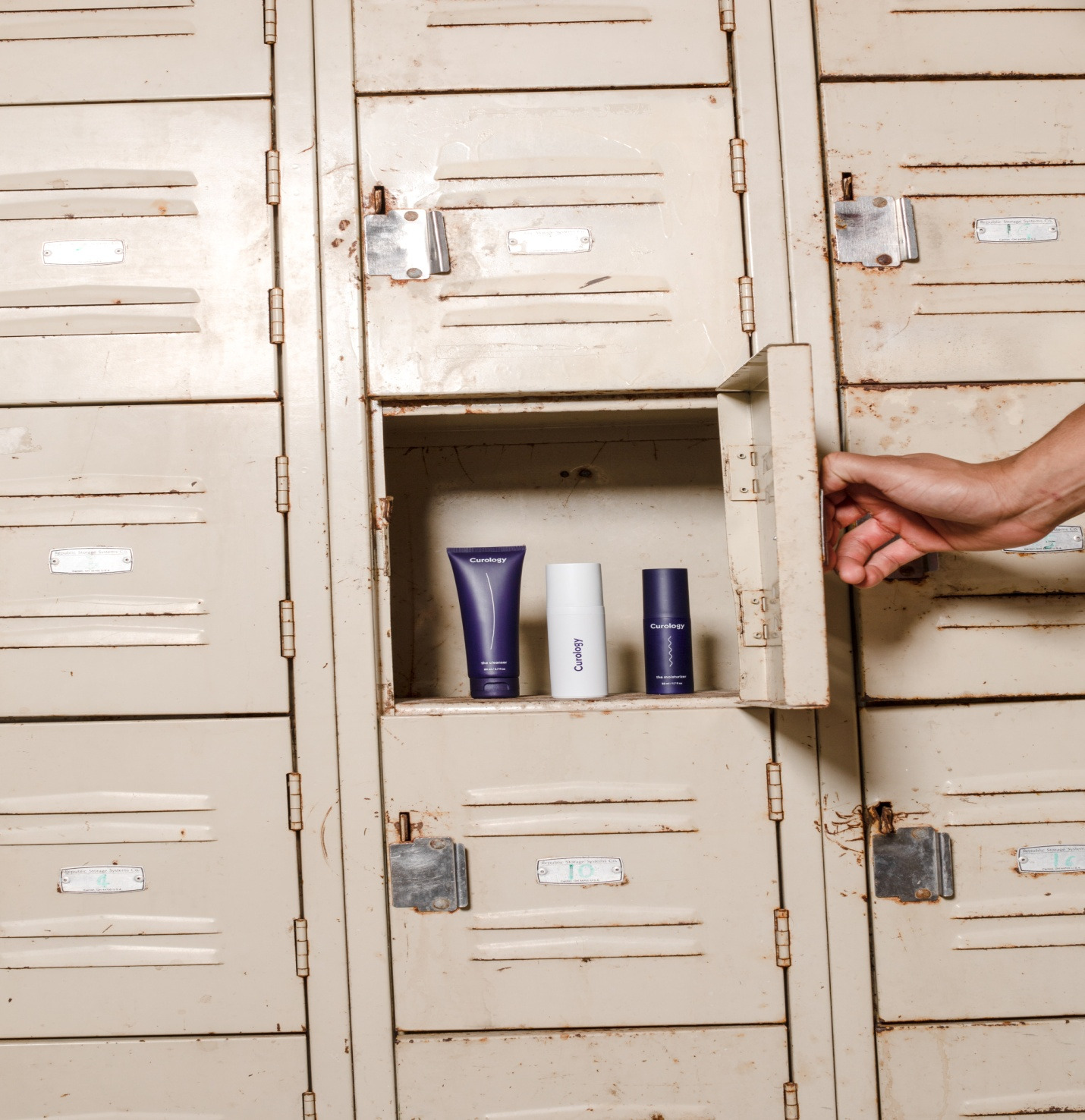 Storing your clutter in a locker cabinet