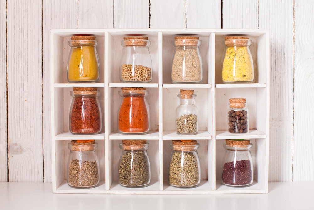 Storing pantry products in the packaging box - Storage mistakes